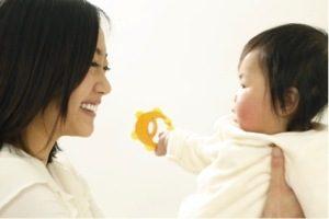 無縁社会で育児「孤育て」と、AsMamaの取組み。